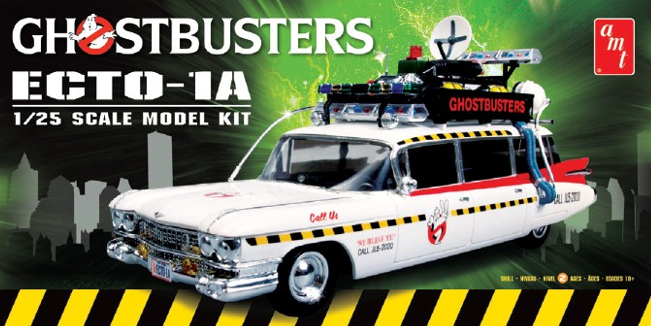 AMT-750  1/25 Ghostbusters Ecto-1A Vehicle