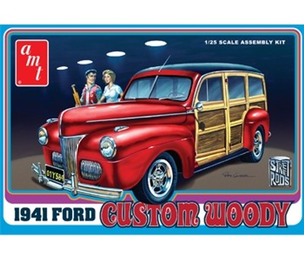 AMT-906  1/25 1941 Ford Custom Woody Car