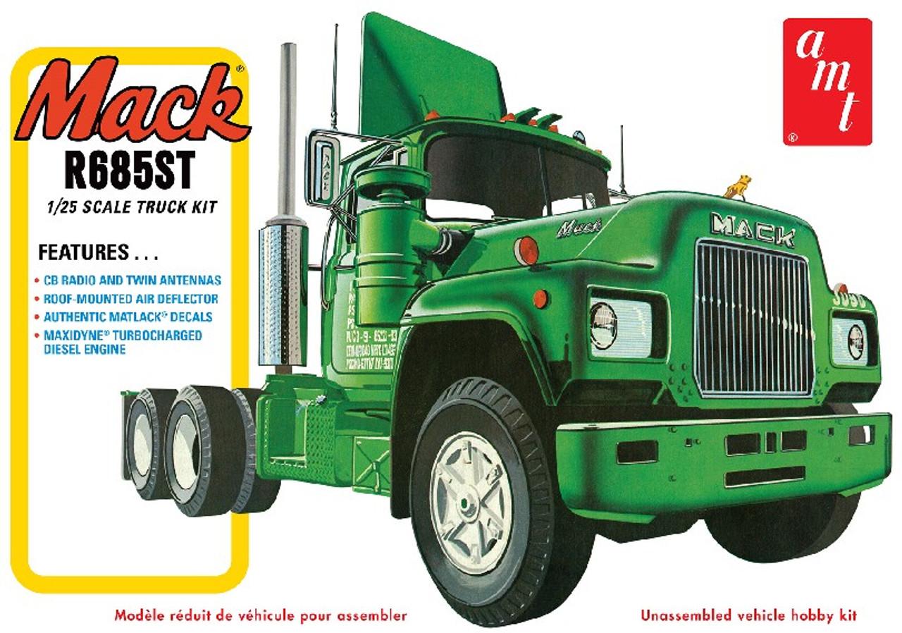 AMT-1039  1/25 Mack R685ST Semi Tractor Cab