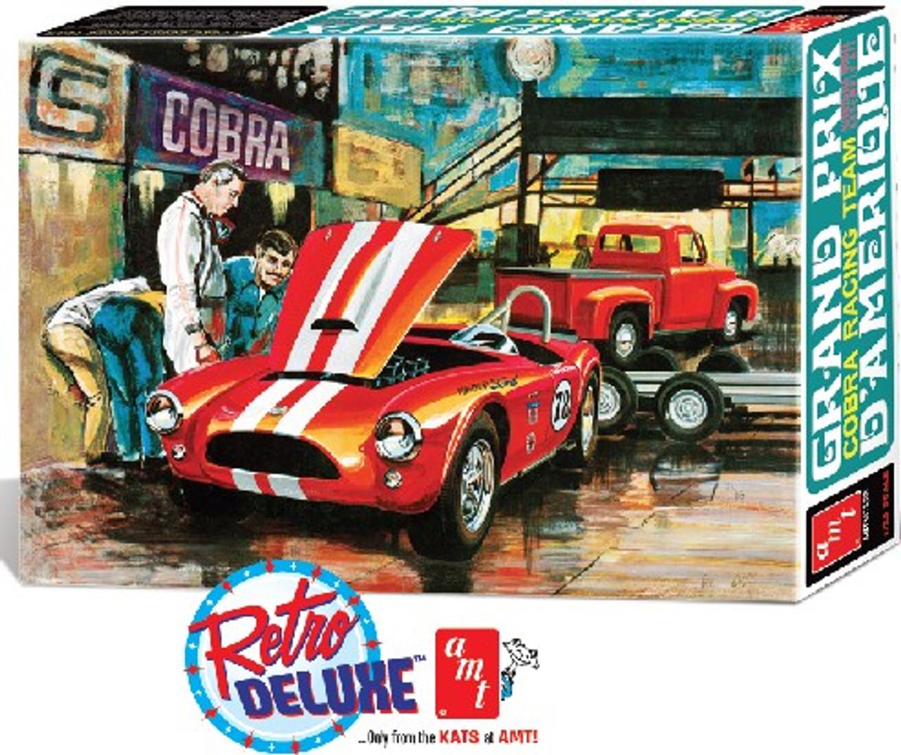 AMT-1073  1/25 Grand Prix Cobra Racing Team: Shelby Cobra Race Car, 1953 Ford Pi