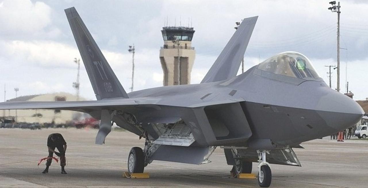 1/144 F22A Raptor Fighter