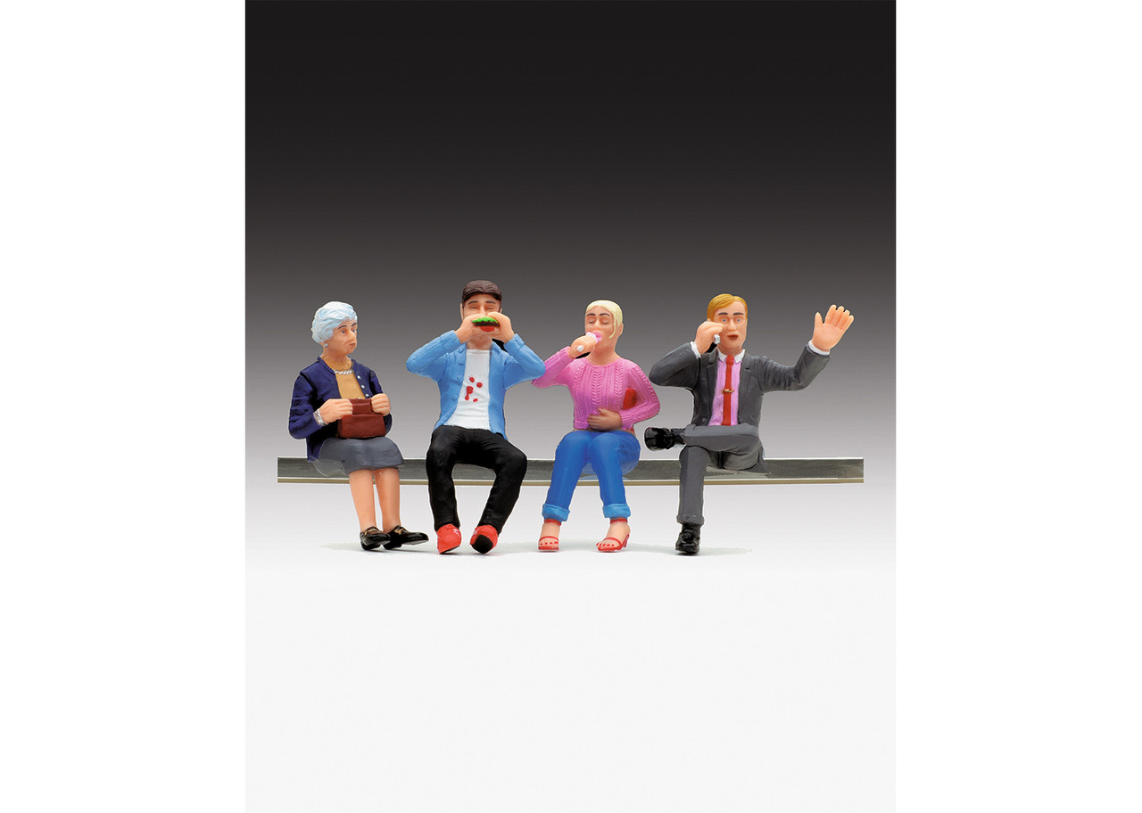 2020 LGB 53008 Figures - Set of dining car figures sitting