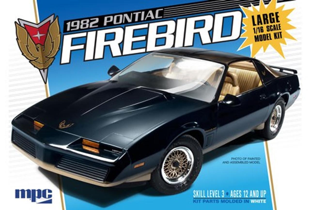 MPC-858  1/16 1982 Pontiac Firebird Car