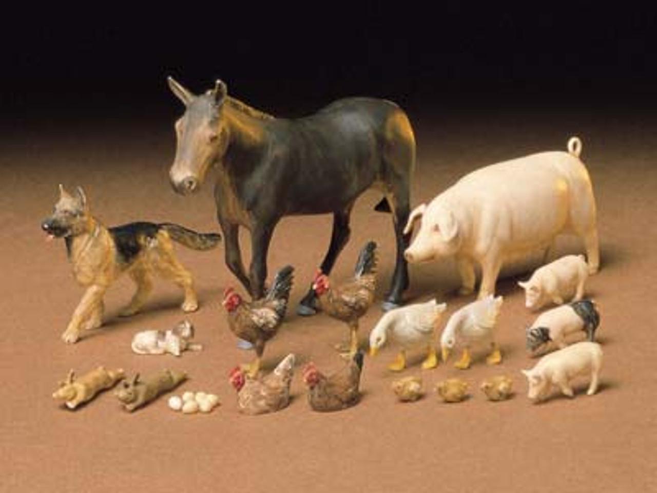1/35 Livestock Set