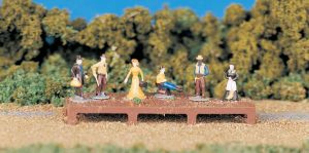 BAC42335  HO Old West Figures