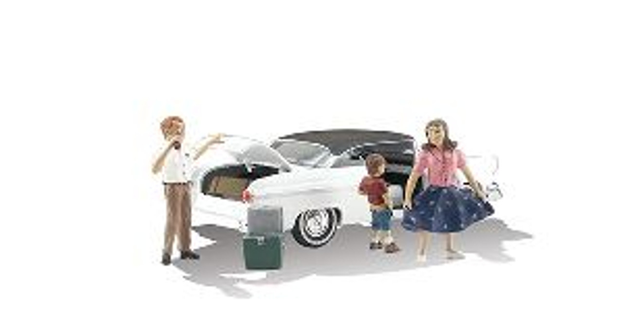 AS5546 Pit Stop (Car & Family Figures) HO
