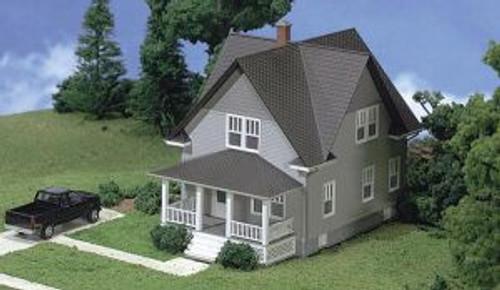 ATL713  HO KIT Kim's Classic Home