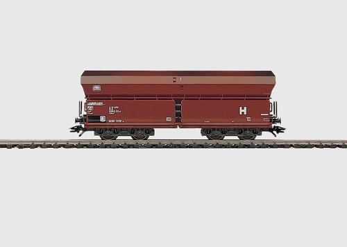 M4624  HOPPER CAR DB