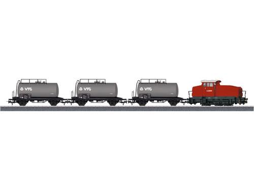 W441-26569  Digital Petroleum Oil Transport Train