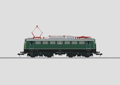 W441-55013  Class 140 Electric - DCC/Digital & Sound Equipped -- German Federal Railroad DB (Era IV 1972, green, silver)