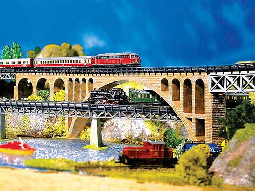 """W272-282924  Stone Arch Bridge -- 8-5/8 x 7/8""""  22 x 2.5cm"""