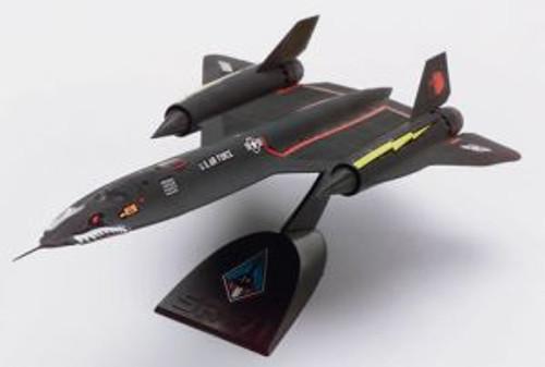 RMX851187  SNAP SR-71 Blackbird Desktop 1/110