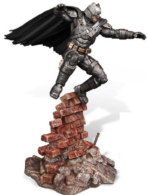 MOE-1013  1/8 Batman vs Superman Dawn of Justice: Armored Batman (Resin)