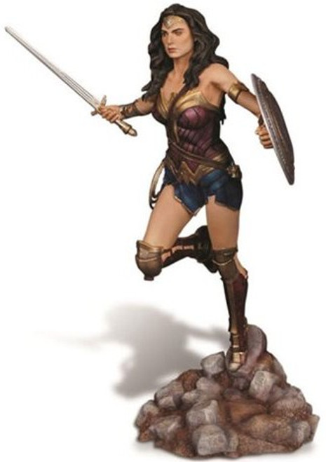 MOE-1015  1/8 Batman vs Superman Dawn of Justice: Wonder Woman (Resin)