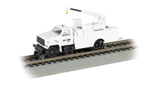 BAC16902  HO Hi-Rail Truck w/DCC & Crane, NS/White