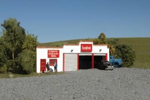 BAC35052  N Building Front, Farmfresh Dairy