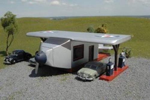 BAC35201  HO Airplane Gas Station