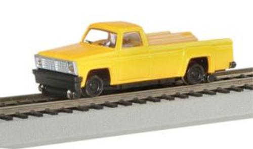 BAC46201  HO Pick Up Truck w/Highrailers