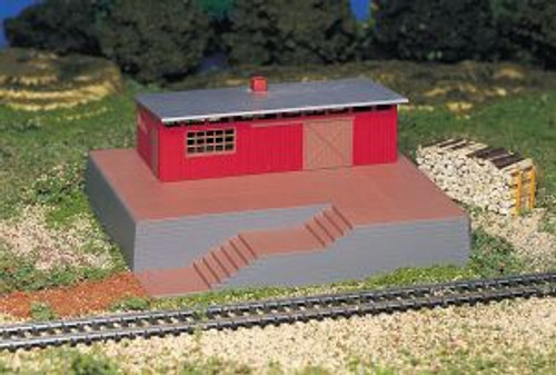 BAC46209  HO Storage Building w/Steam Whistle