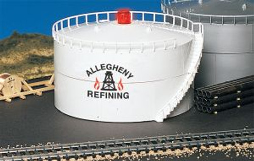 BAC46219  HO Oil Storage Tank, Allegheny Oil/Lighted