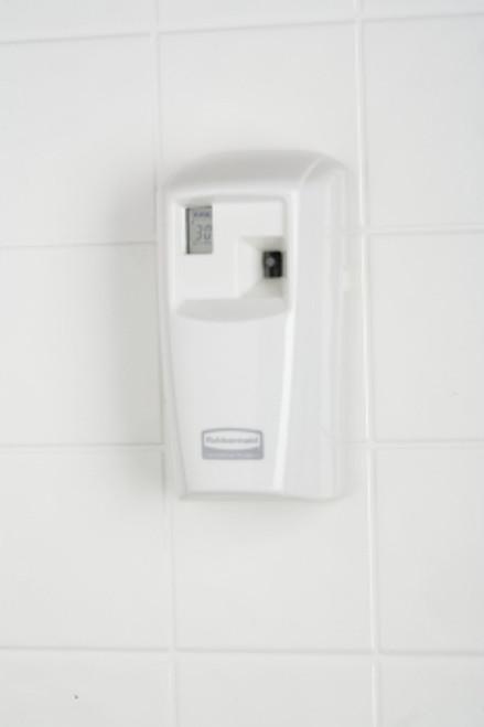 Rubbermaid Generic Dispenser Microburst 3000 White LCD