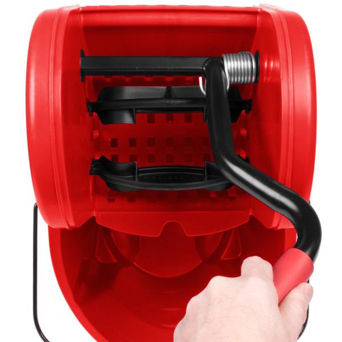Rubbermaid FG757888RED