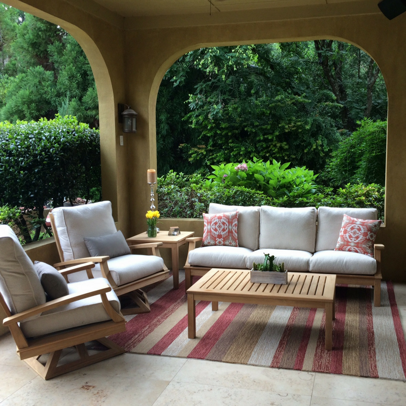 All-Weather Outdoor Rugs: Define your Outdoor Living Space