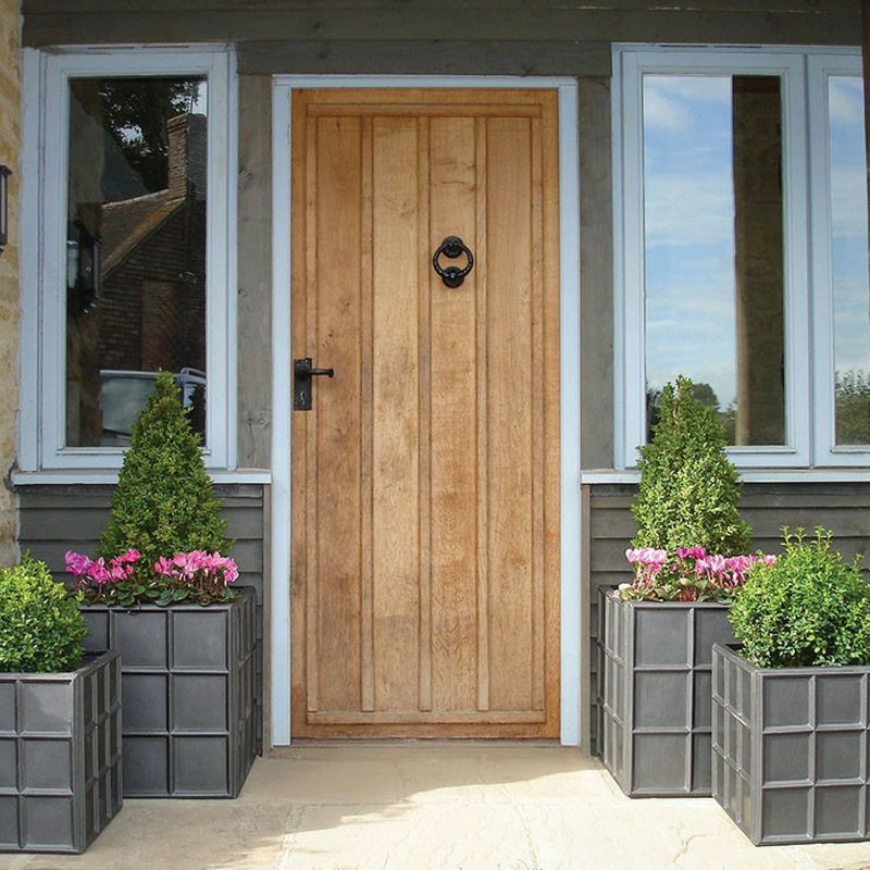 Use Outdoor Planters to Define Your Outdoor Space