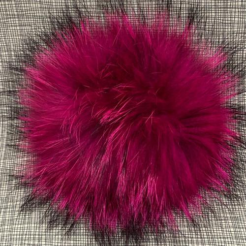 XL raccoon hot pink pompom (15 cm)
