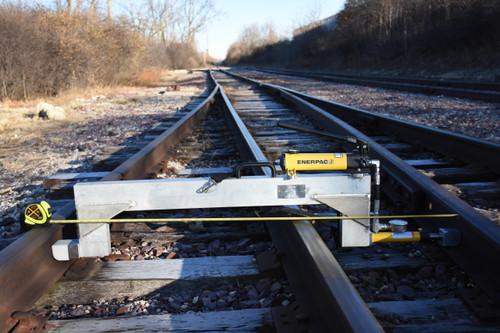 Portable Track Loading Fixture