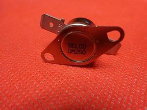 OM-250 Thermostat; Disc; 125/250 VAC; 15/10 A; Solder Tab 1500 VAC Selco (1 PER)