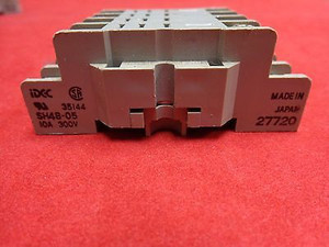 SH4B-05 Idec Relay Socket Base