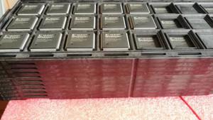 XC2S100-5PQ208C Xilinx IC FPGA 140 I/O 208QFP