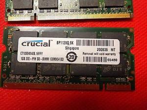 4gb DDR (2) 1gb sticks Micron and Samsung and (1) 2gb stick made by Hynix