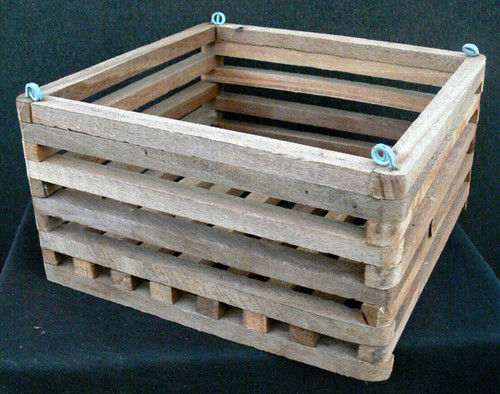 Wood Vanda Baskets  (square) 10""