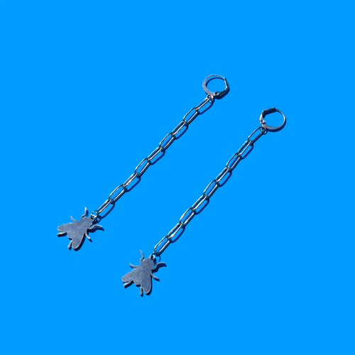 Blowfly Chain Dangle