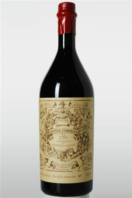 """Carpano """"Antica Formula"""" Vermouth Pregiato 750mL"""