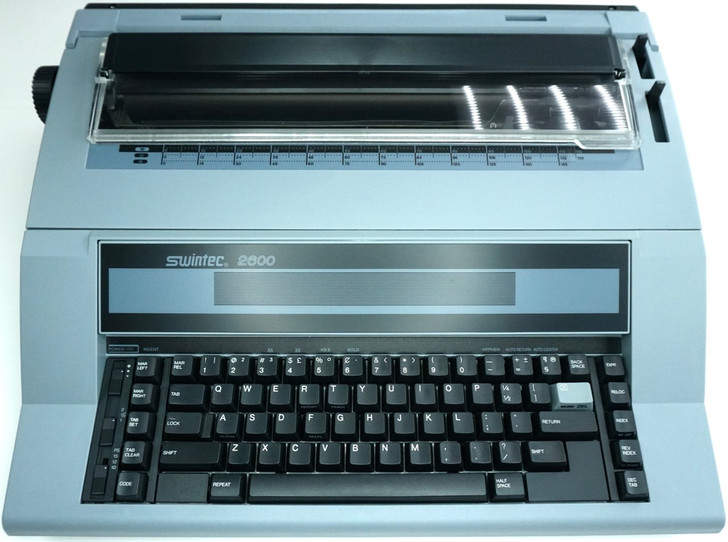 Swintec 2600i Electronic Typewriter With Automatic Features (Front View)
