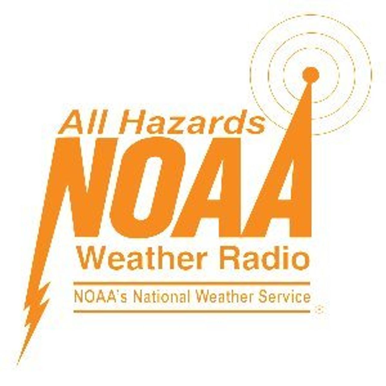 Motorola T402 Talkabout listens to NOAA Weather Alerts