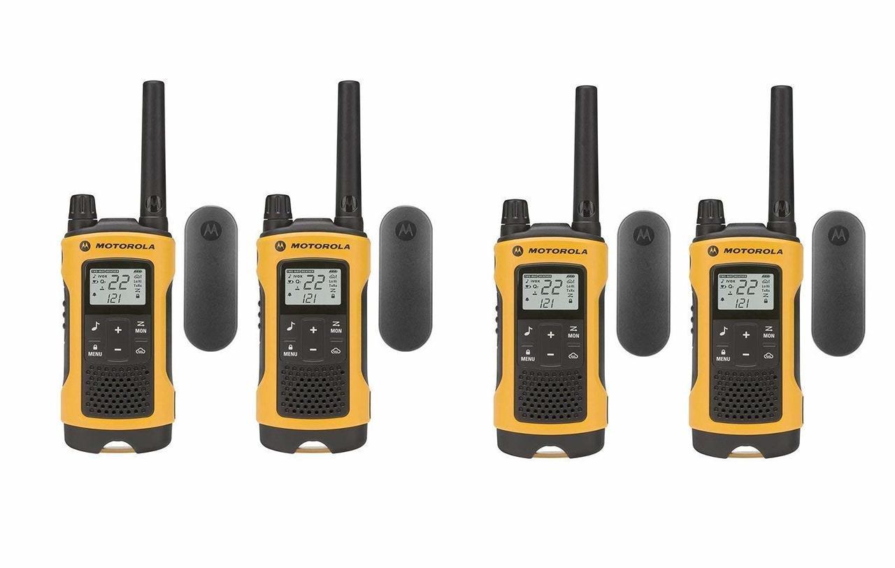 Motorola T402 2 Pack or 4 Motorola T402 Walkie Talkies