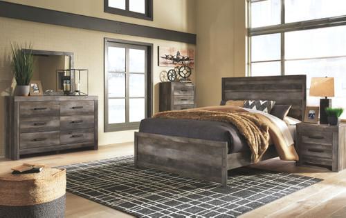 Wynnlow Gray 7 Pc. Dresser, Mirror, Chest, King Panel Bed & 2 Nightstands