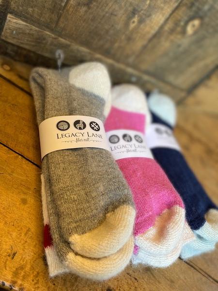 Traditional Socks / 80% Alpaca / 18% Nylon / 2% Spandex