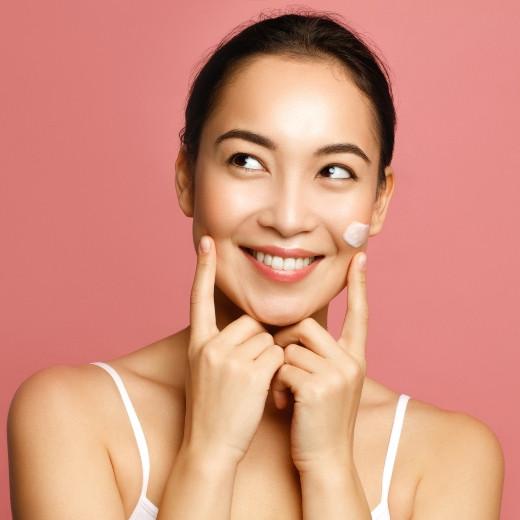 Yup, Your Skin Needs Serum. Here's Why