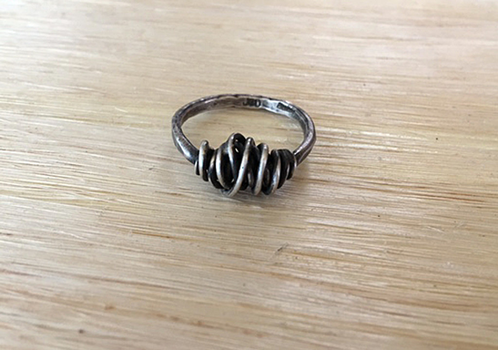 Tangle Ring