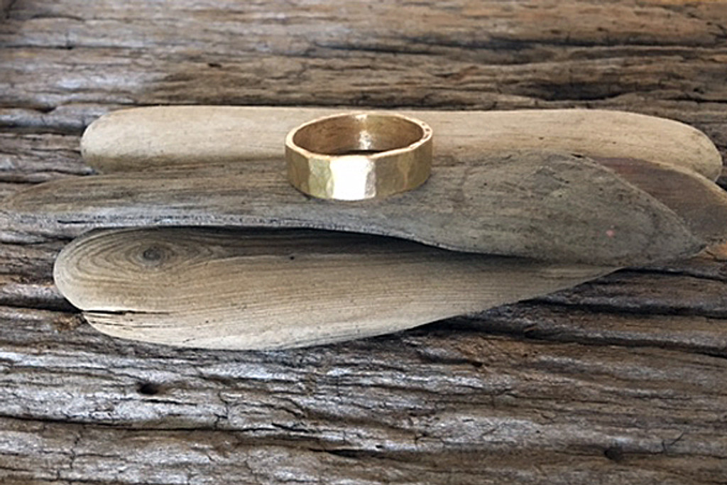 Hammered Mens Yellow Gold Wedding Band