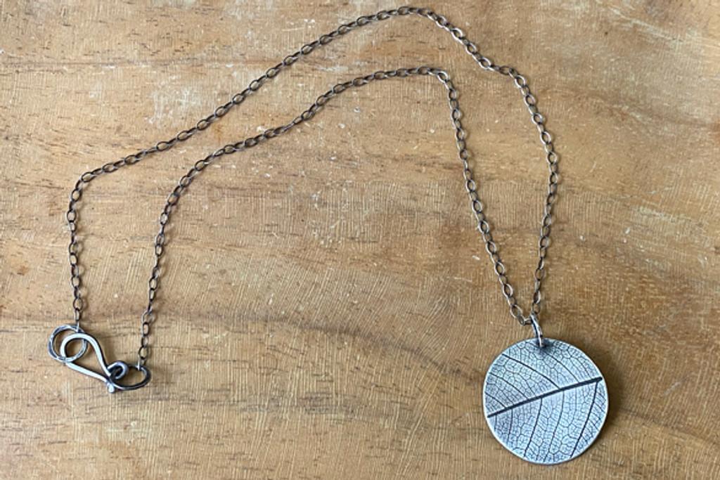 Leaf Cirque Necklace
