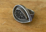 Black Drusy Paisley Moat Ring