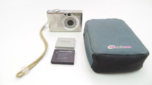 Canon PowerShot SD300 Digital ELPH/Digital Camera