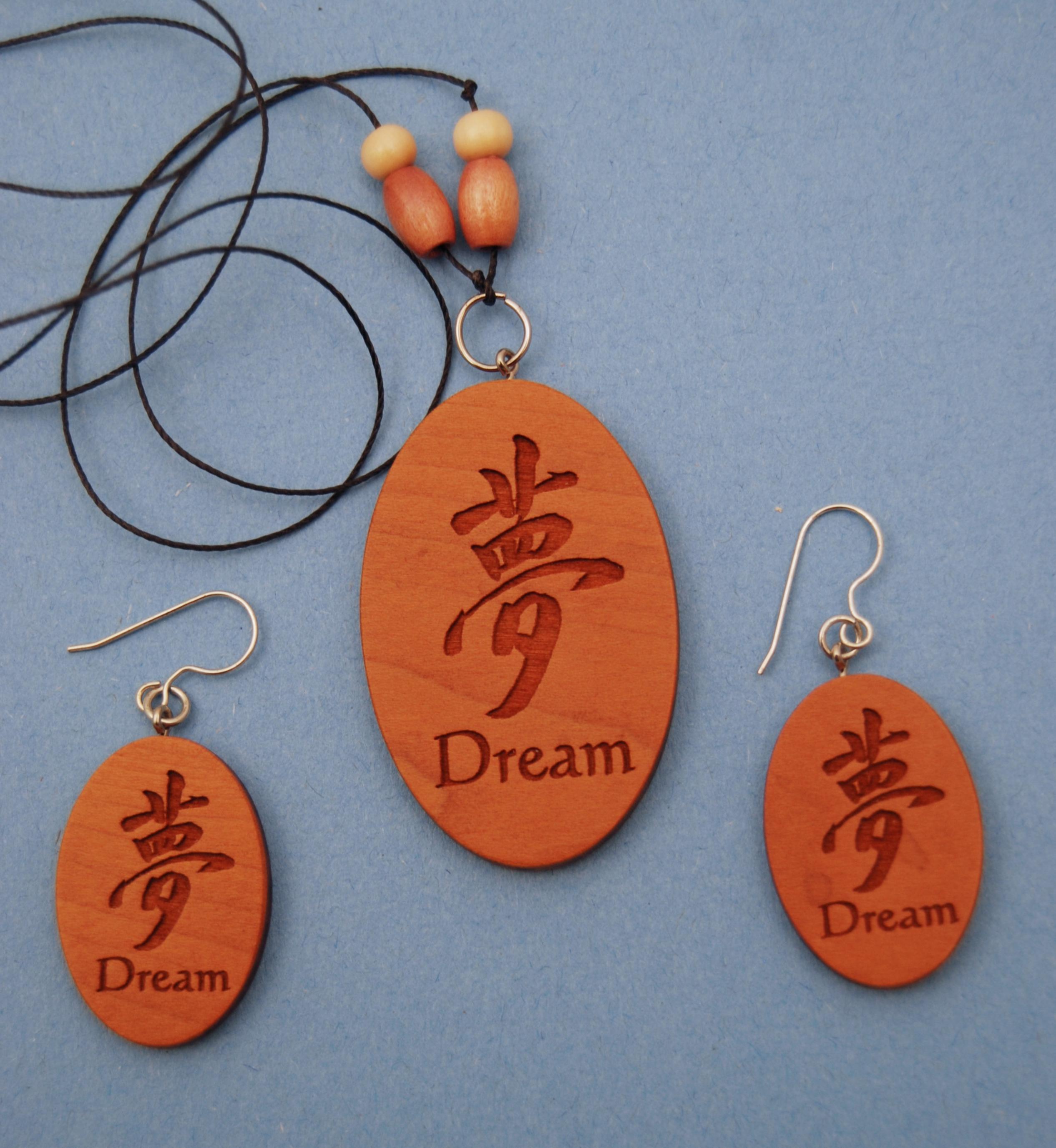 custombeadwoodjewelry.jpg