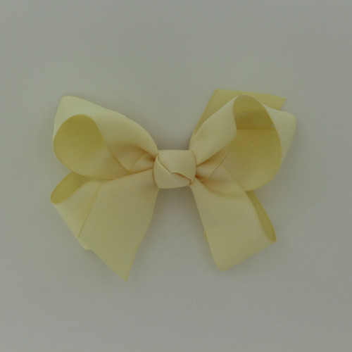 "Item no.: dgch, Size: 6""X5"", Color: Ivory,  Ribbon Size: 1 1/2"", Center: Cone,   Type of Clip: French Clip        MADE IN USA"